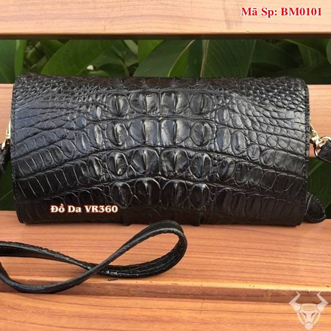 Bóp 3 Gấp Đeo Chéo Nữ Da Cá Sấu Màu Đen BM0101