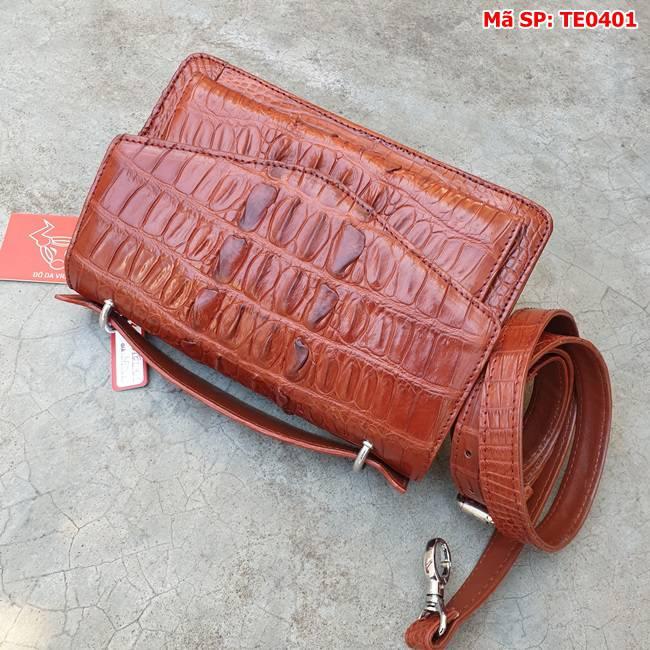 Túi Xách Phong Thư Da Cá Sấu Nâu Đỏ TE0401